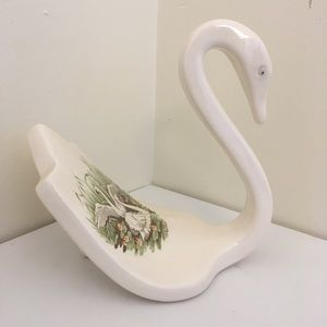 Other - Swan Figurine Guest Towel Holder